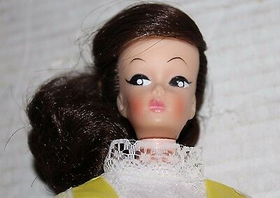 Vintage Beautiful Unmarked Molded Eyelashes Barbie Clone Doll