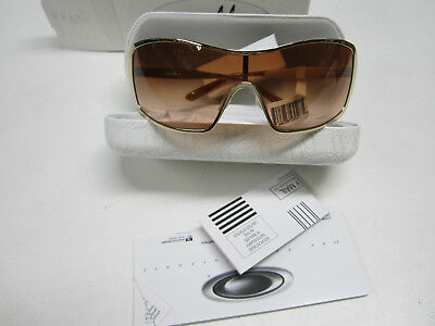 *new* Oakley Remedy Polished Gold W/ Vr50 Brown Gradient Lens. Demo Sample