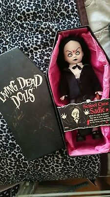 SIGNED by Ed + Damien! Mezco Living Dead Dolls Series 2 School Time Sadie RARE