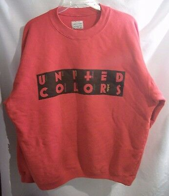 Vintage 90's UNITED COLORS of BENETTON Red Crewneck Sweatshirt Size M