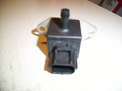 FORD FOCUS 2000-04 Genuine Fuel Pressure Sensor Regulator