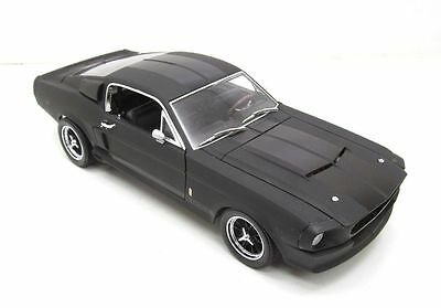 1967 SHELBY GT500 MUSTANG - 1:18 Scale GREENLIGHT