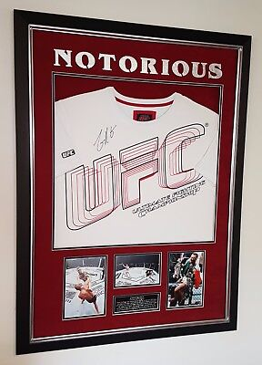 NEW IN  ** RARE CONOR MCGREGOR SIGNED UFC Shirt Autograph Display **