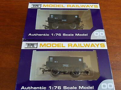 Dapol Rectangular Tankers X 2 Excellent Condition B751 Boxed Oo Gauge (Ch16)