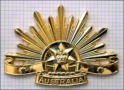 Australian Army  'Briteshine' General Service (Rising Sun) hat badge