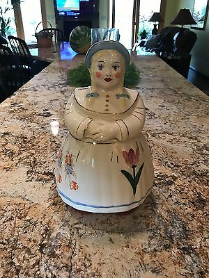 Shawnee Pottery Gold trim dutch girl