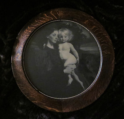 "Antique Mother And Child Print With Round 22"" Frame"