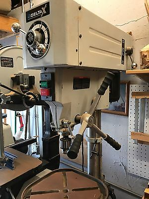 "Delta 16 1/2"" Variable Speed Drill Press 3/4 HP DP-25 220 volt"