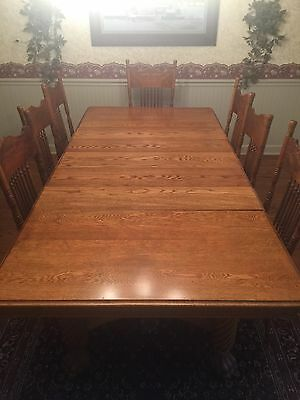 "Antique Tiger Oak Quarter Sawn Dining Table With 6 Leaves 44"" X 90"""