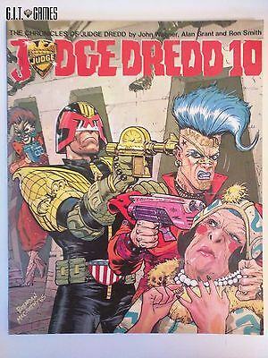 The Chronicles of JUDGE DREDD 10 by John Wagner Titan Books 1986