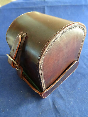 """A Very Good Vintage """"d"""" Block Leather Reel Case"""