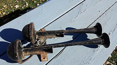 Vintage Large Dual Electric Trumpet Air Horns Rat Rod Semi Truck Boat