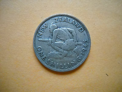 World war II silver coin New Zealand shilling 1945