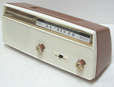 vintage CHANNEL MASTER Portable AM Radio Superheterodyne Japan Works Perfectly
