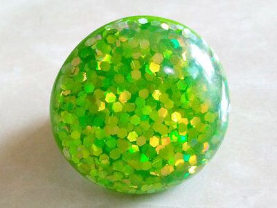 MOD POP RING 1970's.Glamour Glitter.Shining Green Round Top.Green Plastic Mount