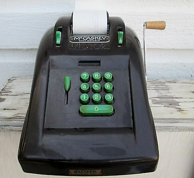 VINTAGE 1940'S VICTOR 10 KEY MODEL 780 ADDING MACHINE McCASKEY GALT ONTARIO
