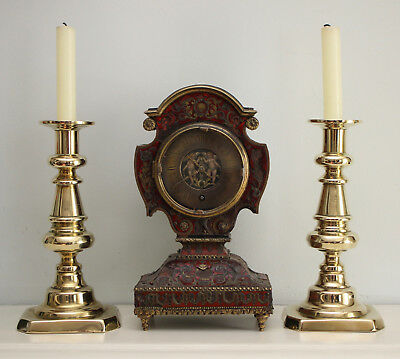 A Fine Pair of English c19th Brass Candlesticks with Rectangular Base
