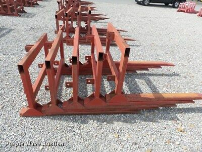 pallet,hay,forks,skid steer,tractor 60'long 40'wide 26'high 53' fork 26'wide
