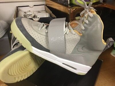 2009 NIKE AIR Yeezy One 1 Zen Sz 12 Free Ship 366164 002 Max Trainer Boost i V 2