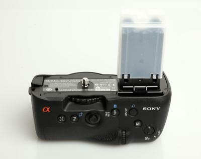 Sony VG-C77AM Vertical Battery Grip for a77, a77 II, and a99 II  - EX +