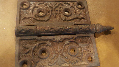 "ANTIQUE VINTAGE CAST IRON ORNATE VICTORIAN DOOR HINGE 4"" x 4"""