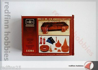HAD Models Mig-21 MF/UM Airfield Set 1/32 scale