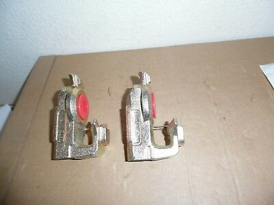 (2) International Emergency Gladhand Seal with Red Poly Seal 3827500C2 Velvac