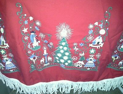 Round Red Christmas Tablecloth 58 Inch White Thick Fringe Painted Holiday Scene