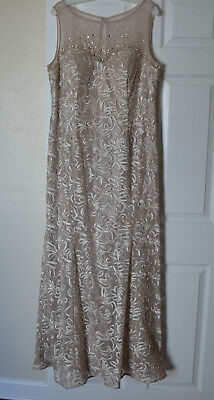 Formal Sleeveless Long Lined Champagne Dress Size 18 Mother of Bride or Groom
