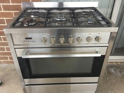 Cook Top, Oven & Dishwasher