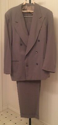 Vintage 1940's men's double breasted suit