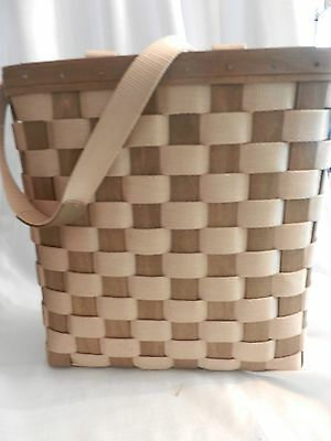Longaberger Woven Tote 11 1/2 x 12 1/2 x 4 1/2 Dated 2007 - Mint Condition!!