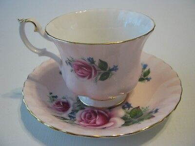 Vintage England Royal Albert Tea Cup & Saucer Bone China 4504