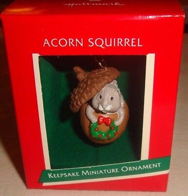 "Hallmark Keepsake ""acorn Squirrel"" Miniature Wildlife Ornament - Nib"