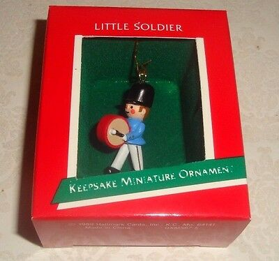 "Hallmark Keepsake ""little Soldier"" Miniature Drummer Ornament Nib - Issued 1989"