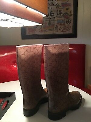 232f77465b3 GUCCI shiny Beige   Brown rubber EDIMBURG GG rainboots Flat boots NIB  Authentic!