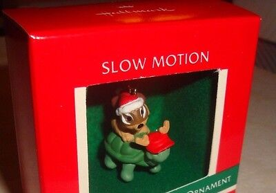 "1989 Hallmark Keepsake ""slow Motion"" Miniature Turtle & Chipmunk Ornament Nib"
