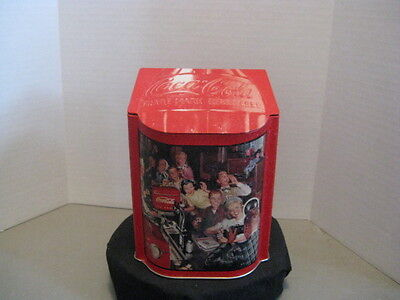 "Coca-Cola ""2001 Fountain"" Tin ~ **Gift Idea"
