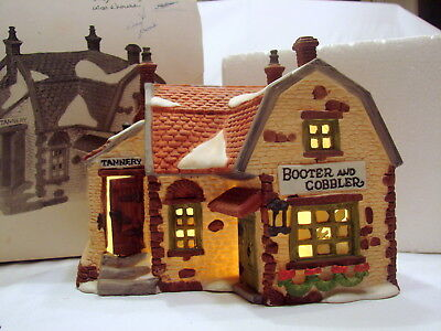 Dept. 56 Dickens Village Series Heritage Village Booter And Cobbler 59242 1988