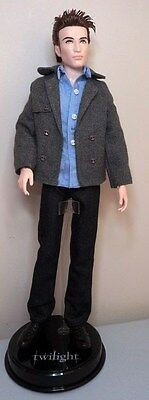 Robert Pattinson EDWARD TWILIGHT Celebrity Male doll in original Mattel fashion