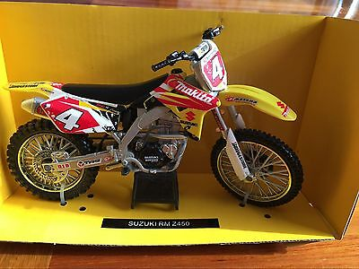 NewRay 1:12 Scale Die-Cast SUZUKI RM Z450 Classic Collection Motorcycle Model