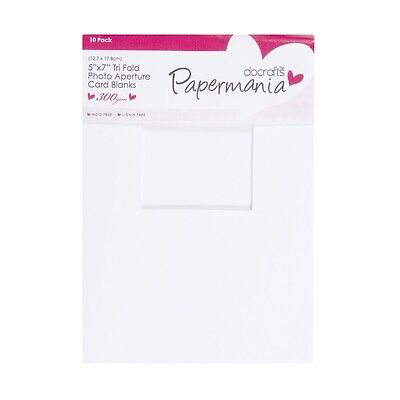 "Papermania 10 Pack 5x7"" White 300gsm Tri Fold aperture cards + 120gsm envelopes"