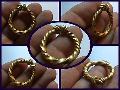 """Rare Genuine Solid Gold Twisted Viking Ring """" Look Superb Rarity """"c800/1100 AD"""
