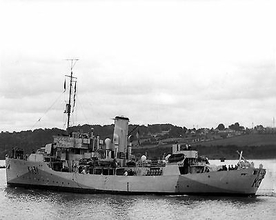 Royal Canadian Navy Corvette Hmcs Chilliwack K131 With Stats And History Sheet