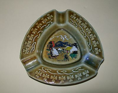 VINTAGE WADE 'IRISH PORCELAIN' ASHTRAY Ireland design