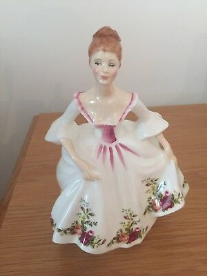 Beautiful Royal Doulton Figurine, Country Rose, HN3221