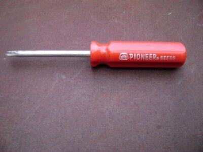 Vintage PIONEER SEEDS phillips head screwdriver