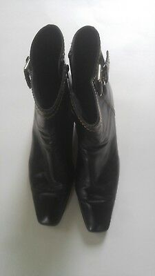 Stuart Weitzman Women's Ankle Boots Bootie Black Zipper Leather 11 M