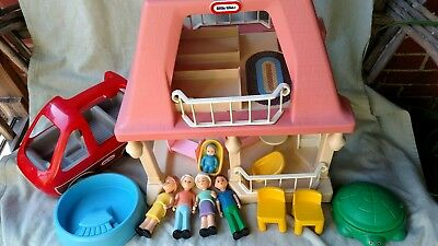 VTG LITTLE TIKES Grandma's Cottage pink roof with Car Furniture Family