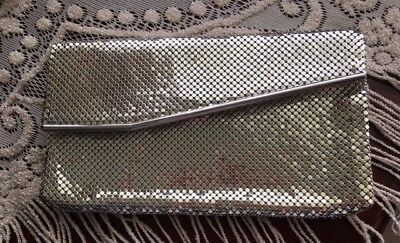 CHIC VINTAGE WHITING & DAVIS SILVER MESH Clutch circa 1940s